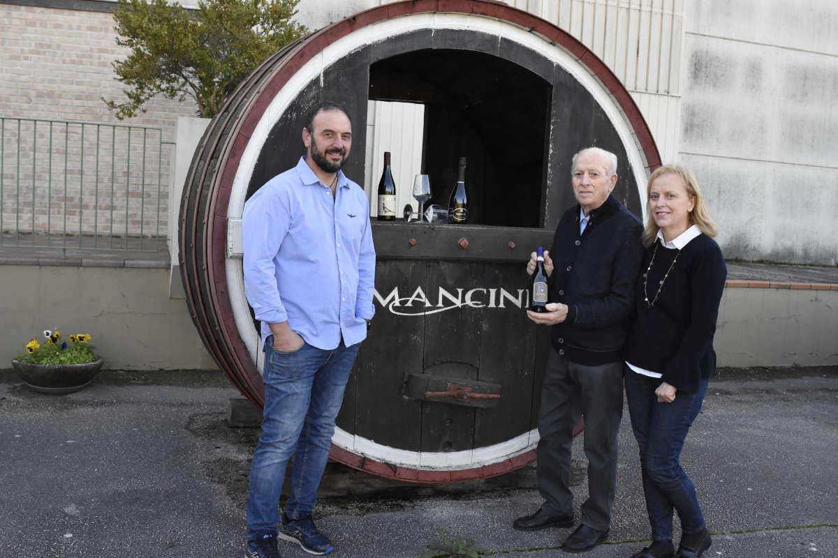 Mancini Team - Mancini Vini - Via Santa Lucia 7 ;oie di Maiolati Spontini.